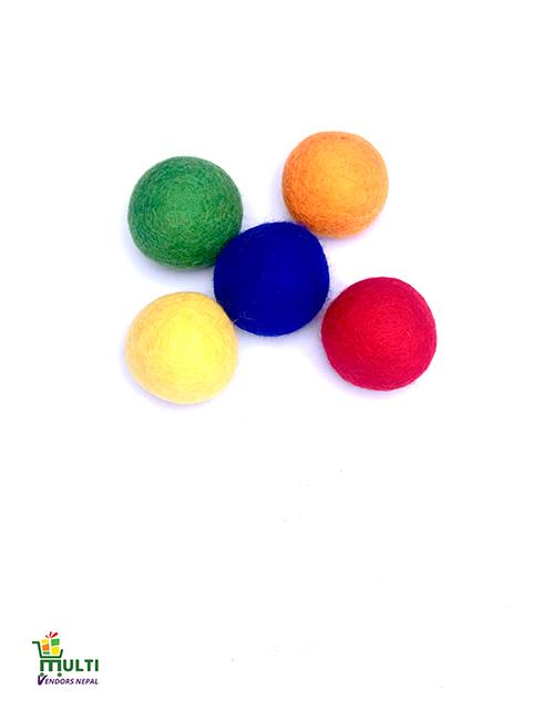 CAT TOYS / SET OF MULTICOLORED BALLS